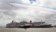 Red Arrows Do a Flypast over the Three Queens