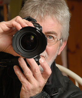 Tributes paid after death of Champion photographer Martyn Snape