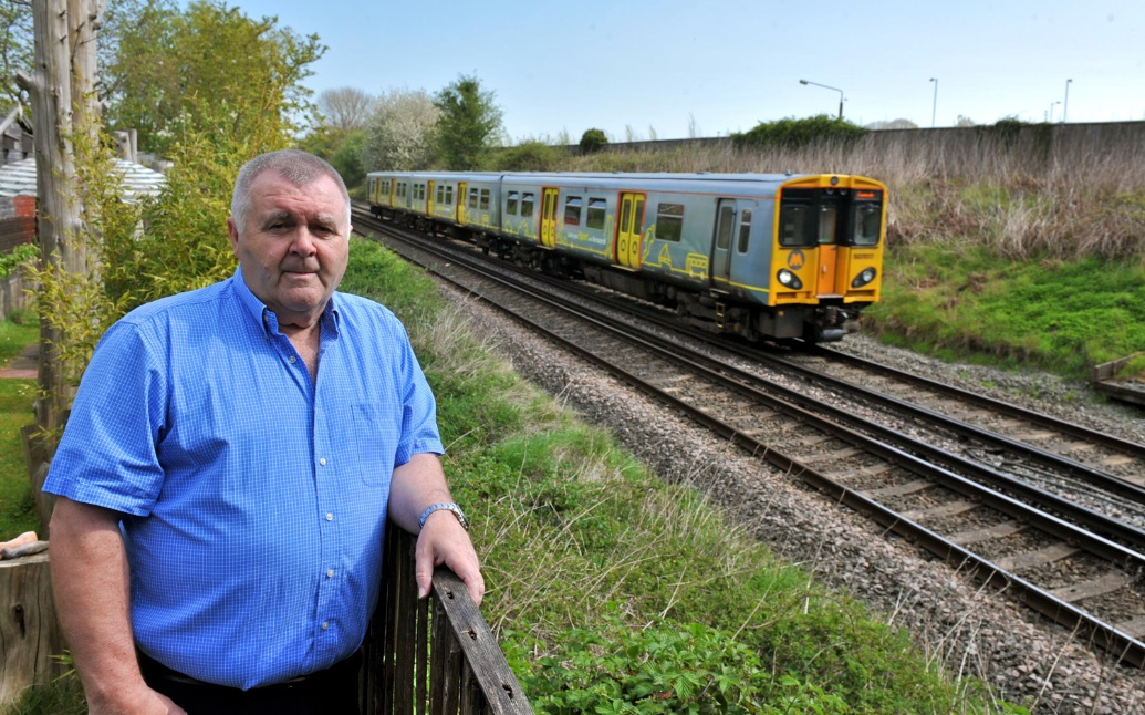 Residents 'not consulted about train station site'