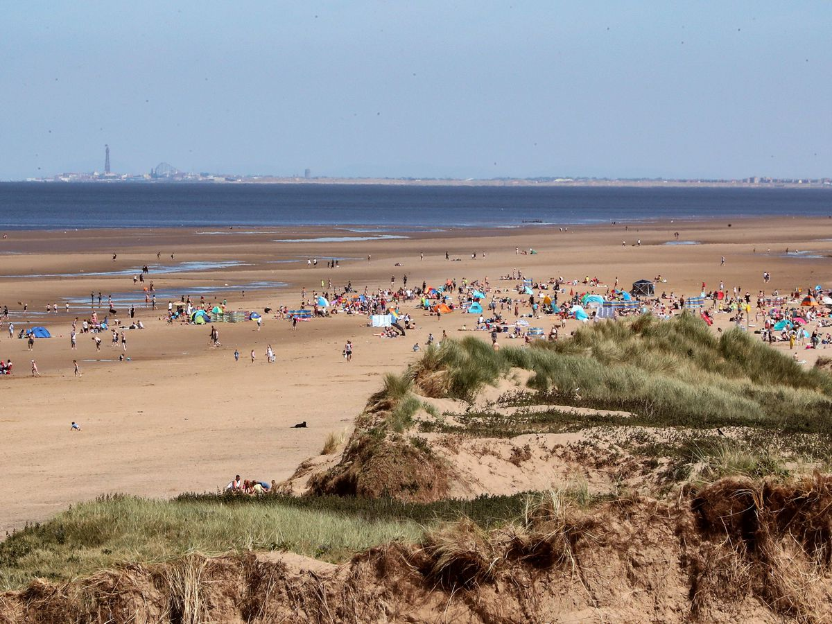 POLICE APPEAL AFTER STABBINGS ON BEACH