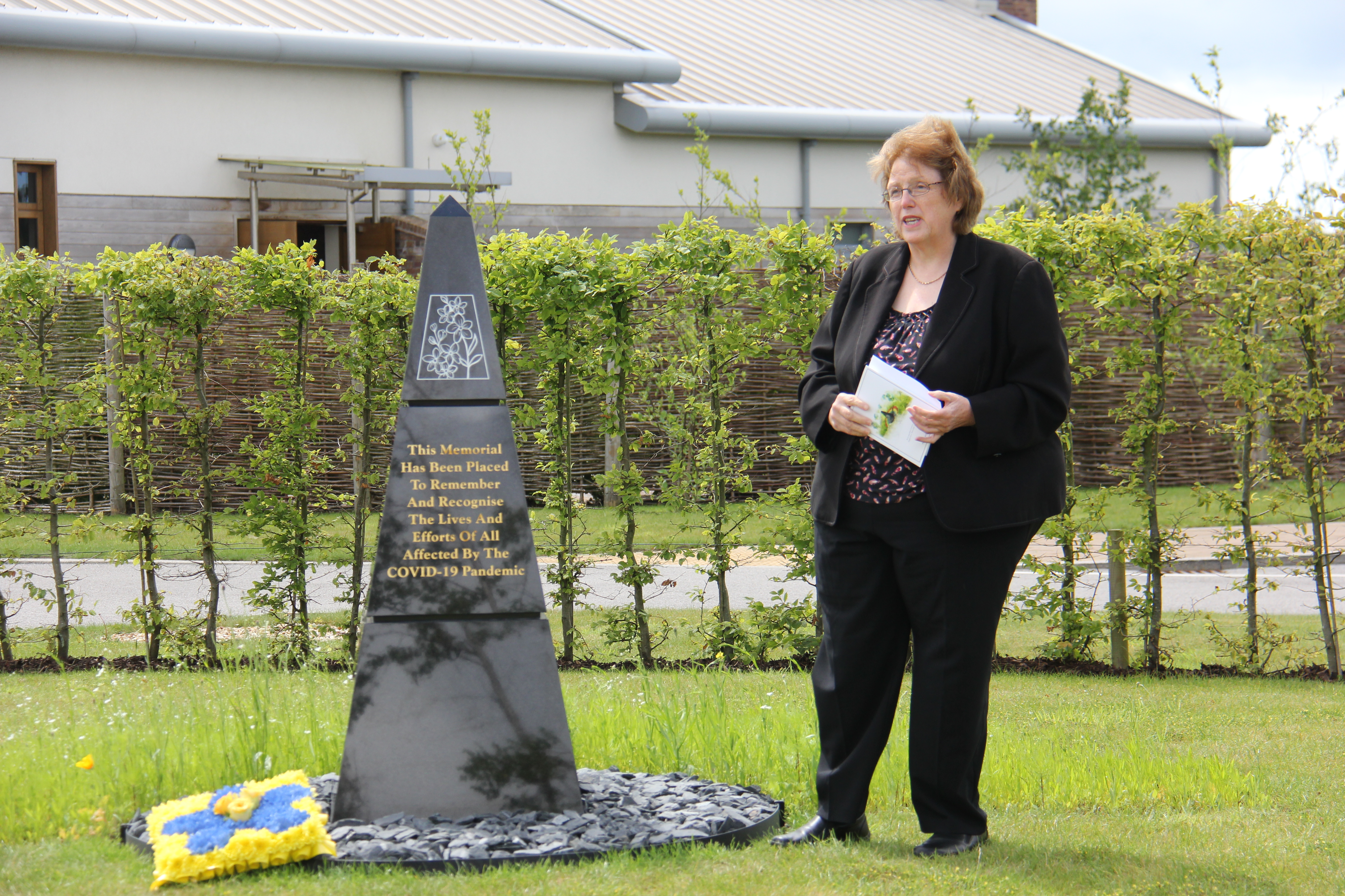 Covid memorial is unveiled at cemetery