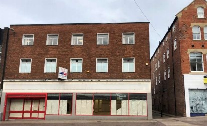 STUDENTS FLATS PLAN FOR CLOSED ICELAND STORE