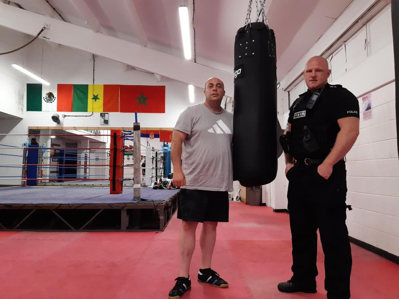 Police join forces with club to offer free boxing classes to youngsters