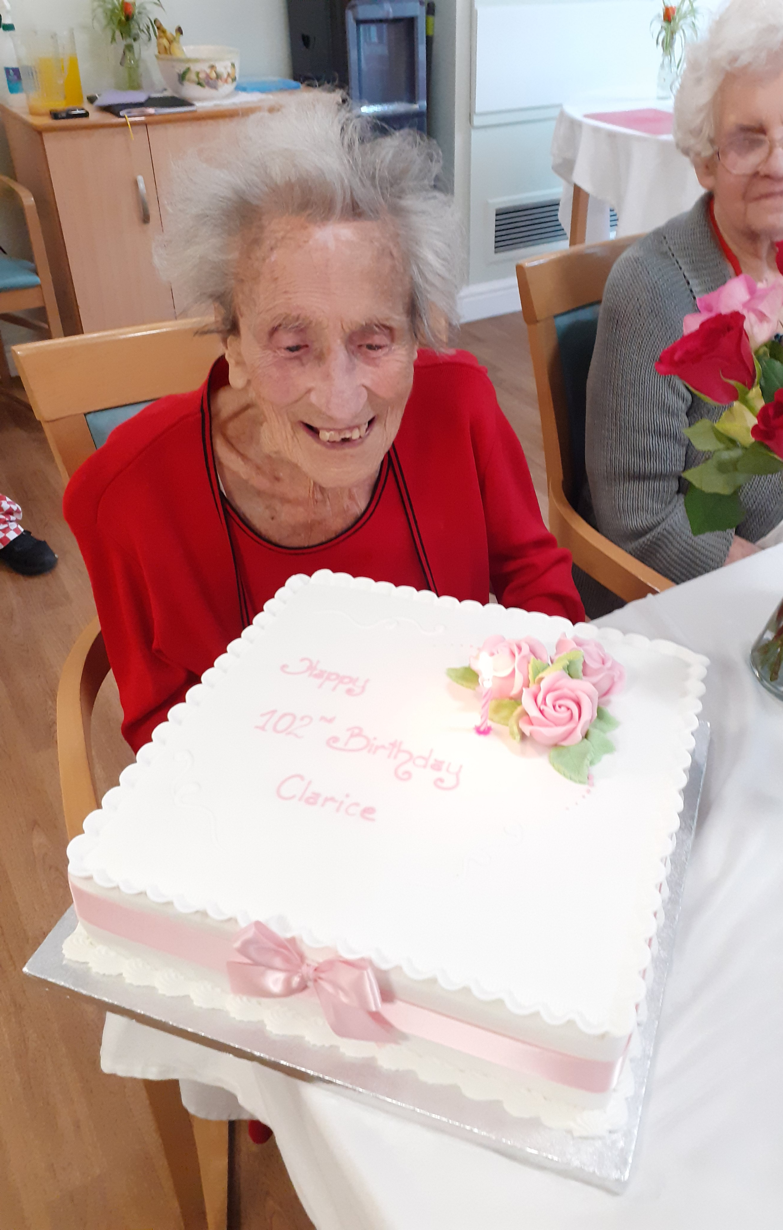 Former grocer who has 'lived a life full of sunshine' celebrates 102nd birthday