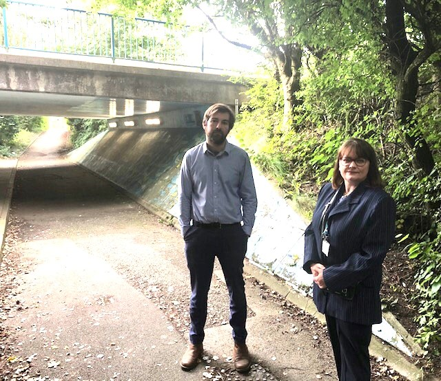 County Councillors welcome visit from Cabinet Member to look at flooded underpasses