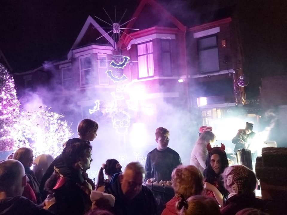 Halloween-themed lights show to raise funds for charity