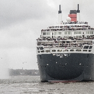 Queen Mary 2 sets sail to meet with Queen Elizabet